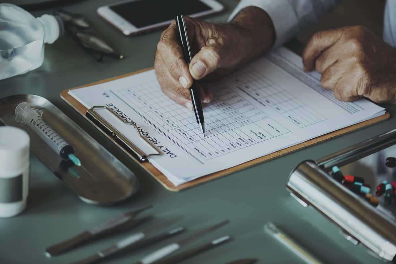 健康管理システムとは?シェア・導入事例も踏まえて比較しました!
