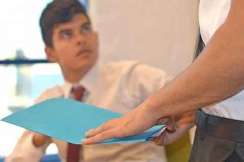 面倒な仕事や苦手な仕事を押し付けてくる先輩・同僚への対処法5つ