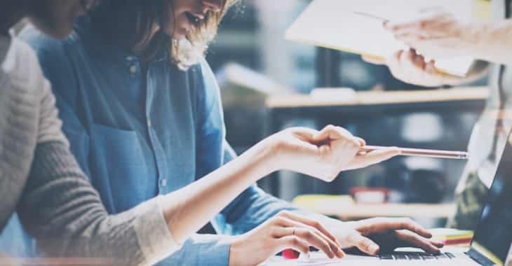 法人(中小企業経営者・個人事業主・SOHO)が導入すべき無料の名刺作成ソフト6選。導入手順で比較!