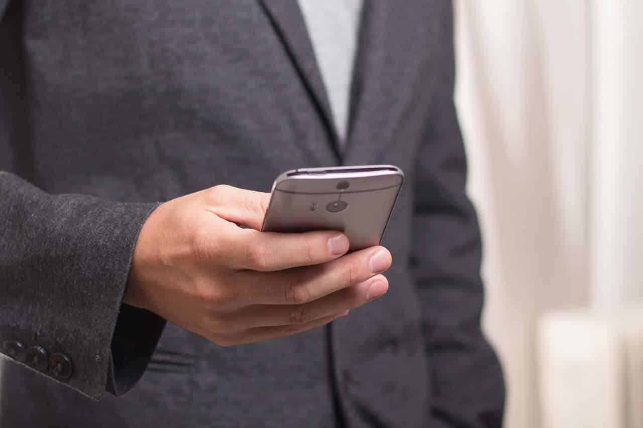 SMS送信サービスのおすすめ5つ!APIの有無、料金で比較!
